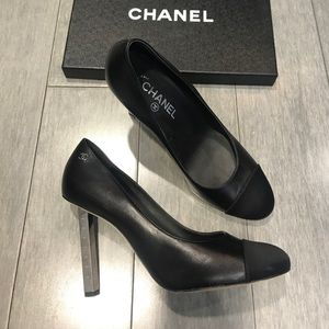 CHANEL Black Pumps Satin Leather Size 40 with box